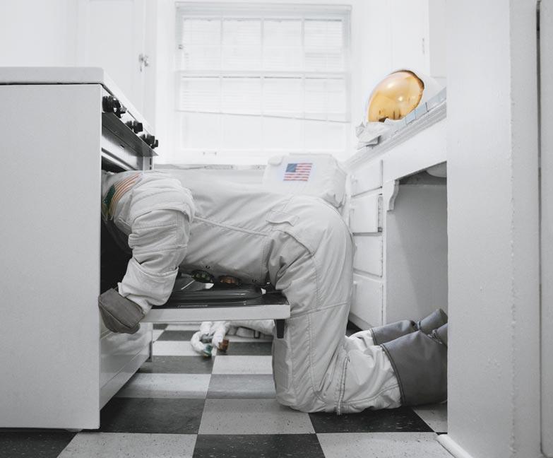 Astronaut_Suicides_Neil_Dacosta_03