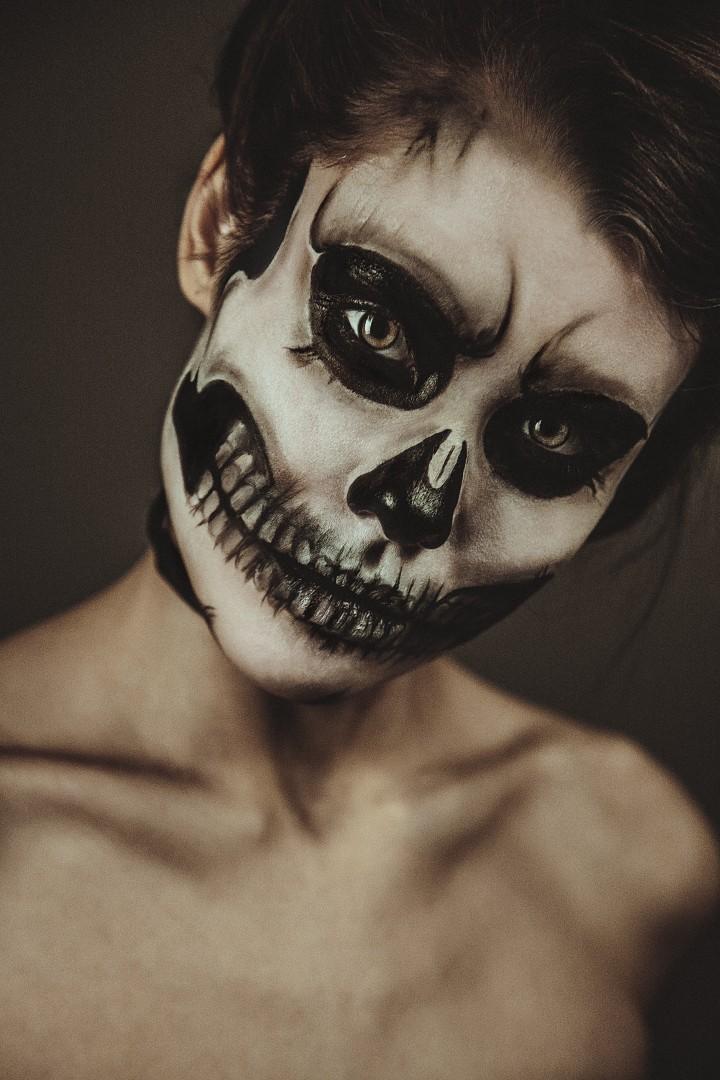 skeleton-girl1